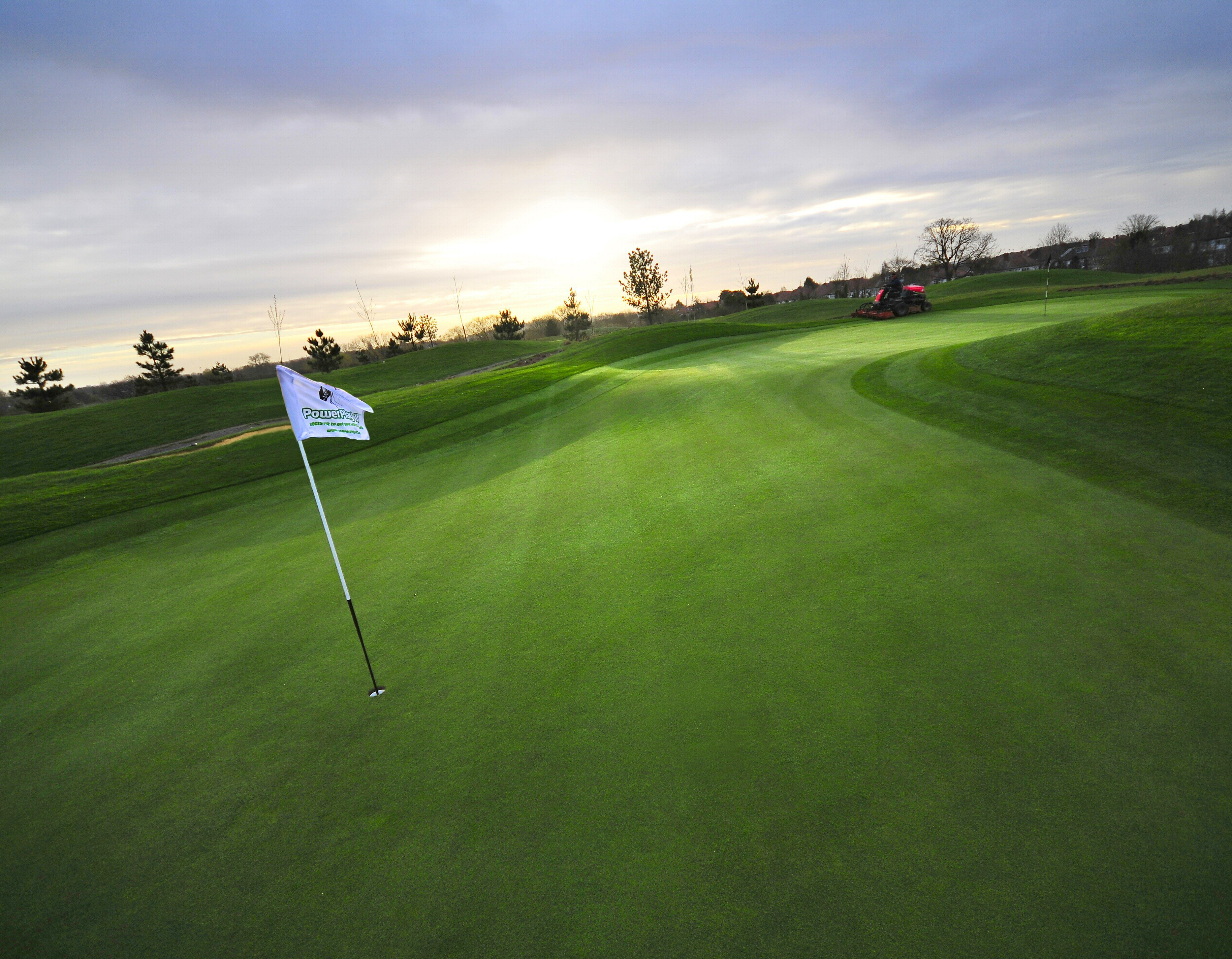What Makes A Great Green Golf Care Blog
