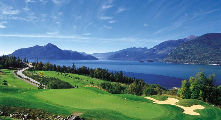 strangest golf courses