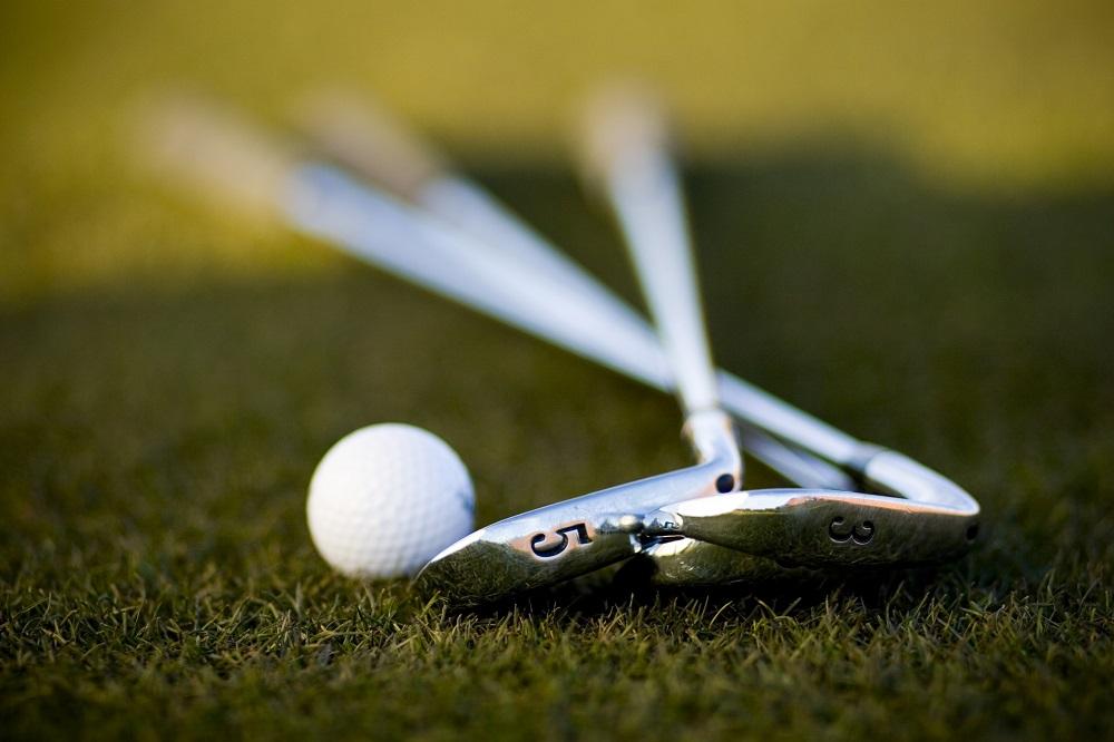 golf club theft