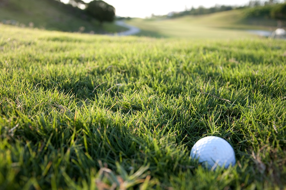 how to hit a golf ball out of thick rough