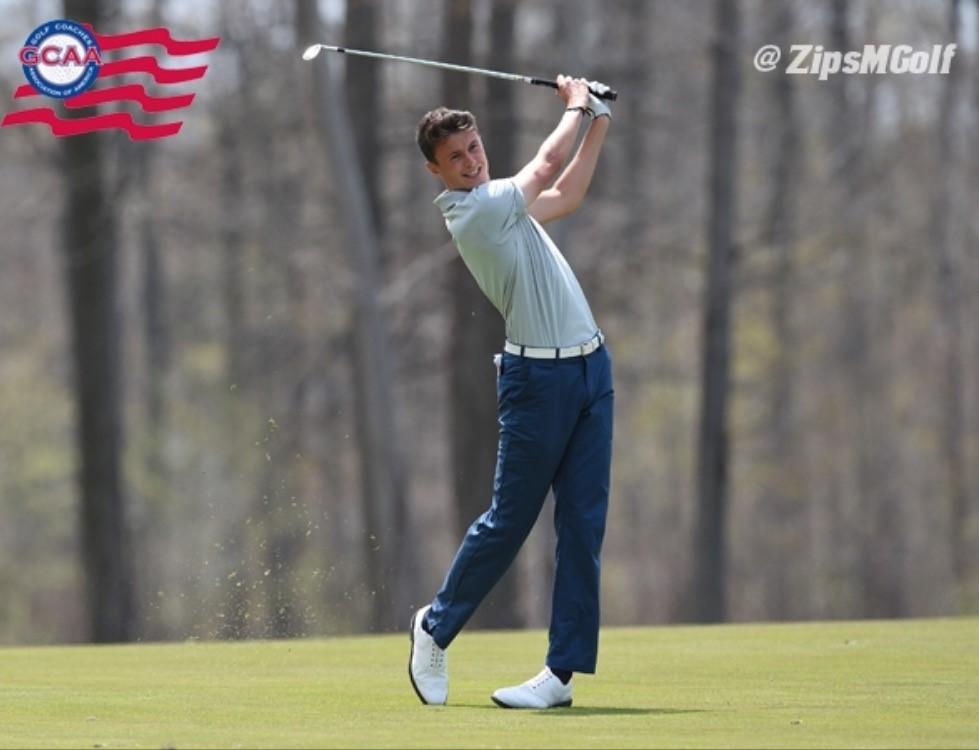 amateur golfer